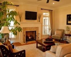 Дизайн комнаты с камином в доме фото