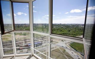 Витражные окна на балконе фото