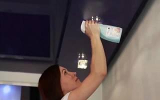 Как помыть натяжные потолки без разводов?