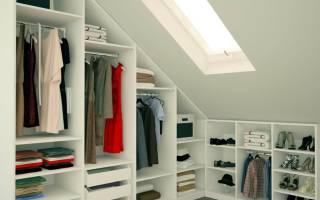 Шкафы на мансарде встроенные фото