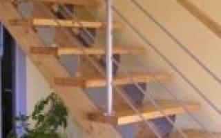 Как сделать косоур для лестницы своими руками?