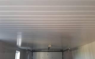 Чем обшить потолок в гараже?