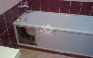 Нужно ли класть плитку под ванной?
