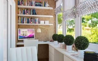Компьютерный стол на балконе фото
