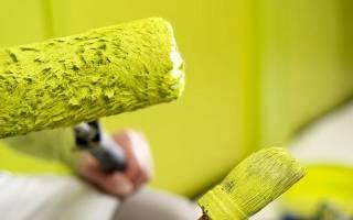 Покраска потолка водоэмульсионной краской по побелке