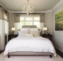 Узкая спальня как поставить кровать