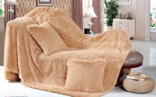 Плюшевый плед на кровать