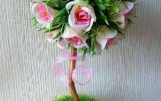 Топиарий из искусственных цветов своими руками